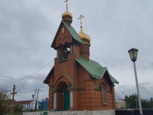 hram-novoagansk-vnesh