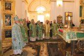 9 июня. Митрополит Павел принял участие в торжествах по случаю 350-летия обретения мощей преподобного Нила Столобенского.