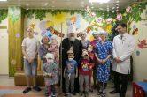 16 декабря. Митрополит Павел посетил Нижневартовскую окружную клиническую детскую больницу.