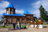 8 июля. Освящение купола строящегося храма в честь иконы Божией Матери «Знамение» в сельском поселении Ларьяк Нижневартовского района