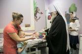 17 января. Поздравление с Рождественскими праздниками работников и пациентов Сургутской клинической травматологической больницы