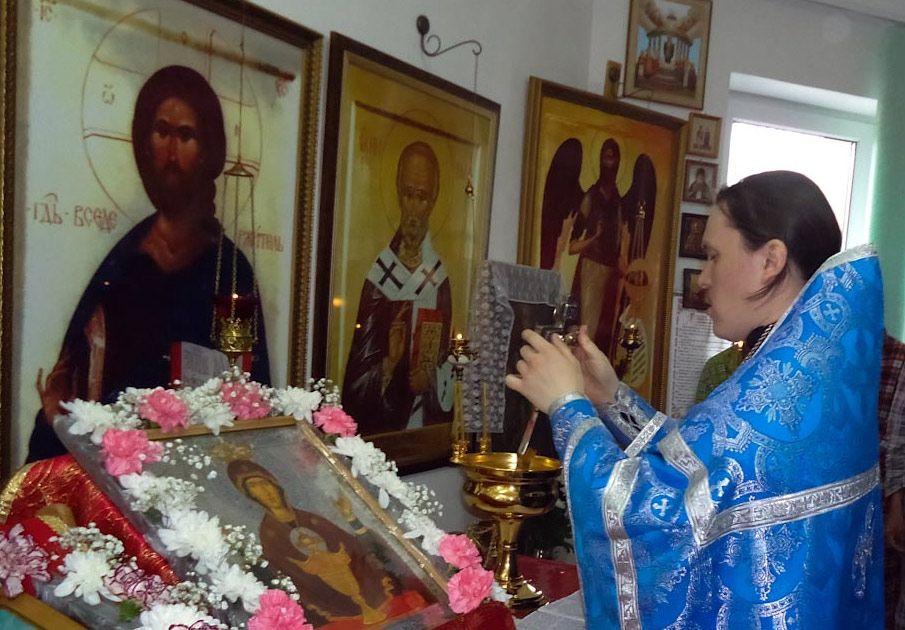В клиническом психоневрологическом диспансере Ханты-Мансийска состоялось мероприятие, посвящённое празднованию иконы Божией Матери «Неупиваемая чаша»