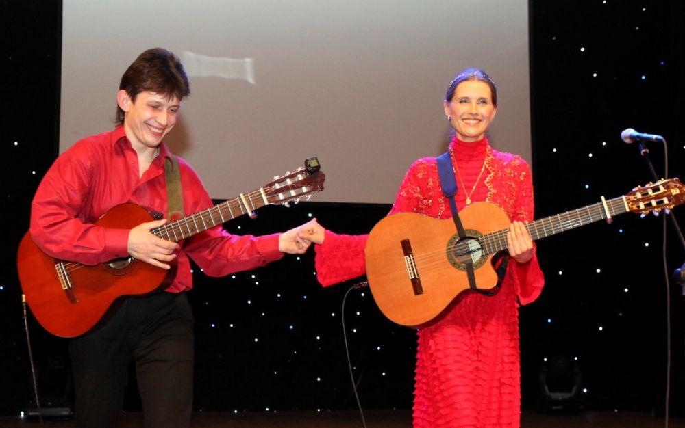 В Сургуте состоялся первый сольный концерт известной православной певицы Светланы Копыловой