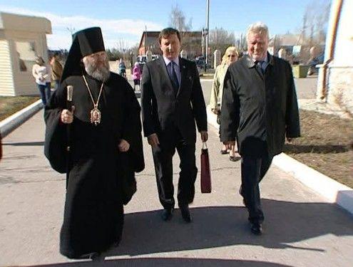 В Югорске побывал епископ Ханты-Мансийский и Сургутский Павел