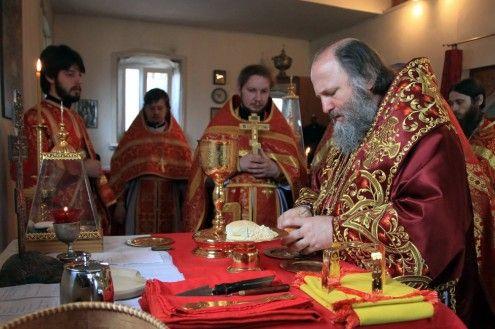 Епископ Ханты-Мансийский и Сургутский Павел посетил поселок Советский