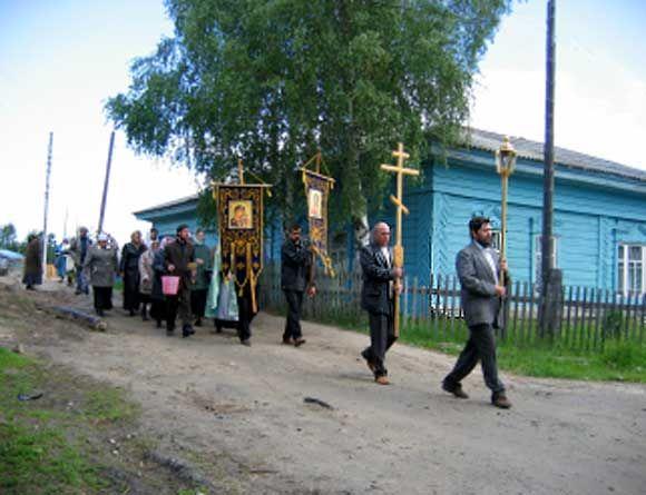 Свято-Троицкая церковь п. Октябрьское